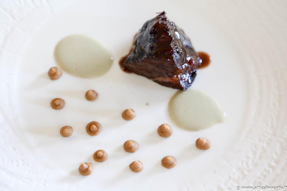 bistrot-Guancia di vitello brasata, salsa di ostriche e sedano rapa
