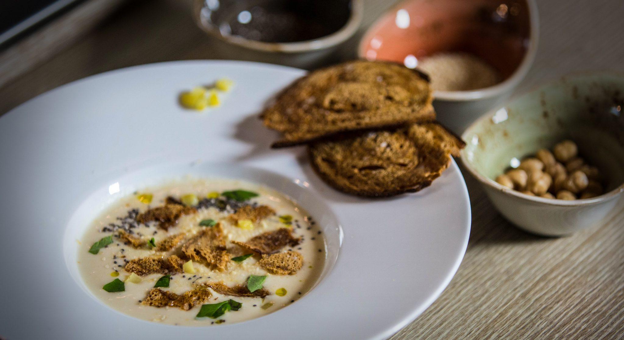 zuppa di fagioli gourmet di Igles Corelli a 4 mani con Sara Farnetti