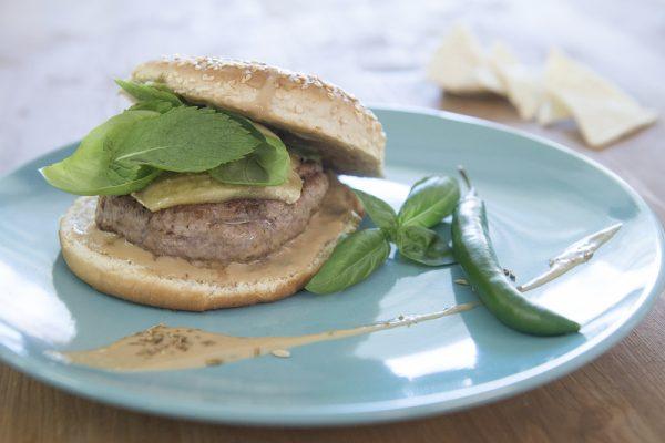 Hamburger Thailandese charlie pearce