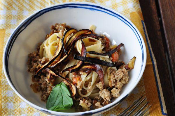 Fettucce arancia e carota con ragù bianco di vitello e melanzane2