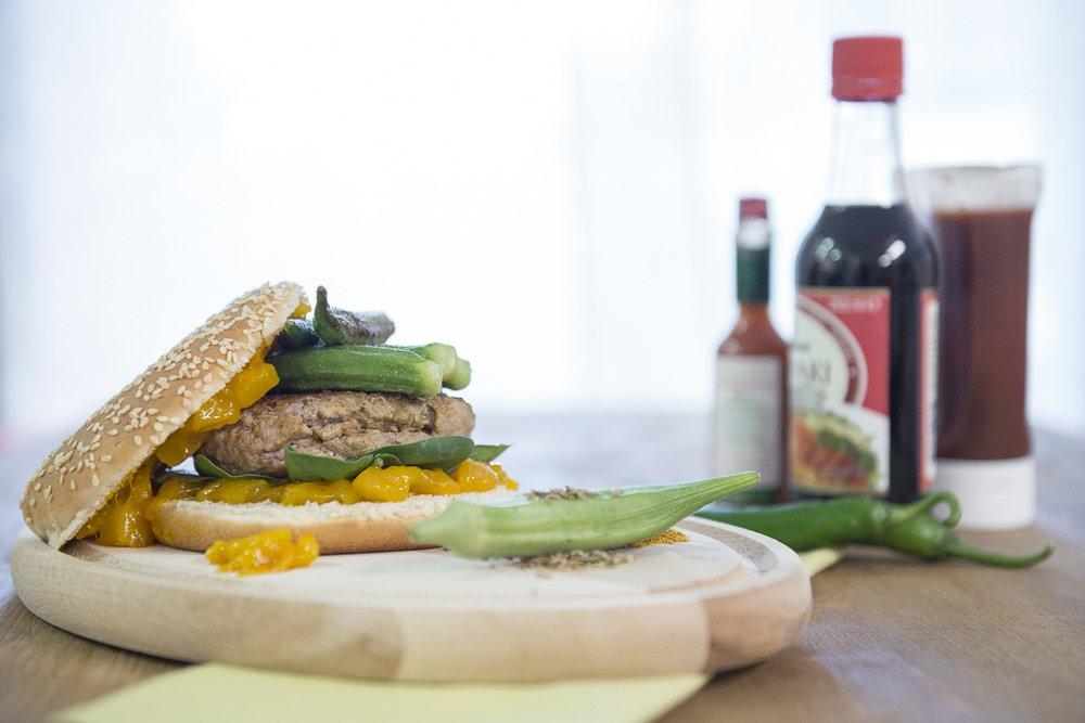 panino gourmet hamburger indiano