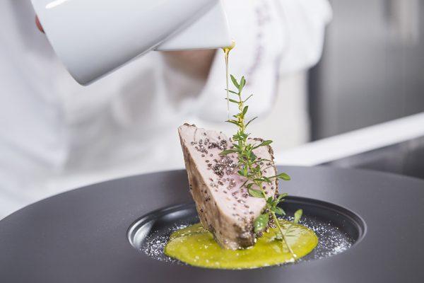 Massimo Spallino arrosto con pesto di pistacchi