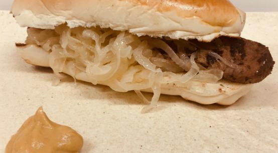 hot dog fegato alla veneziana