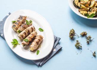 Involtini alla griglia ripieni di zucchine origano
