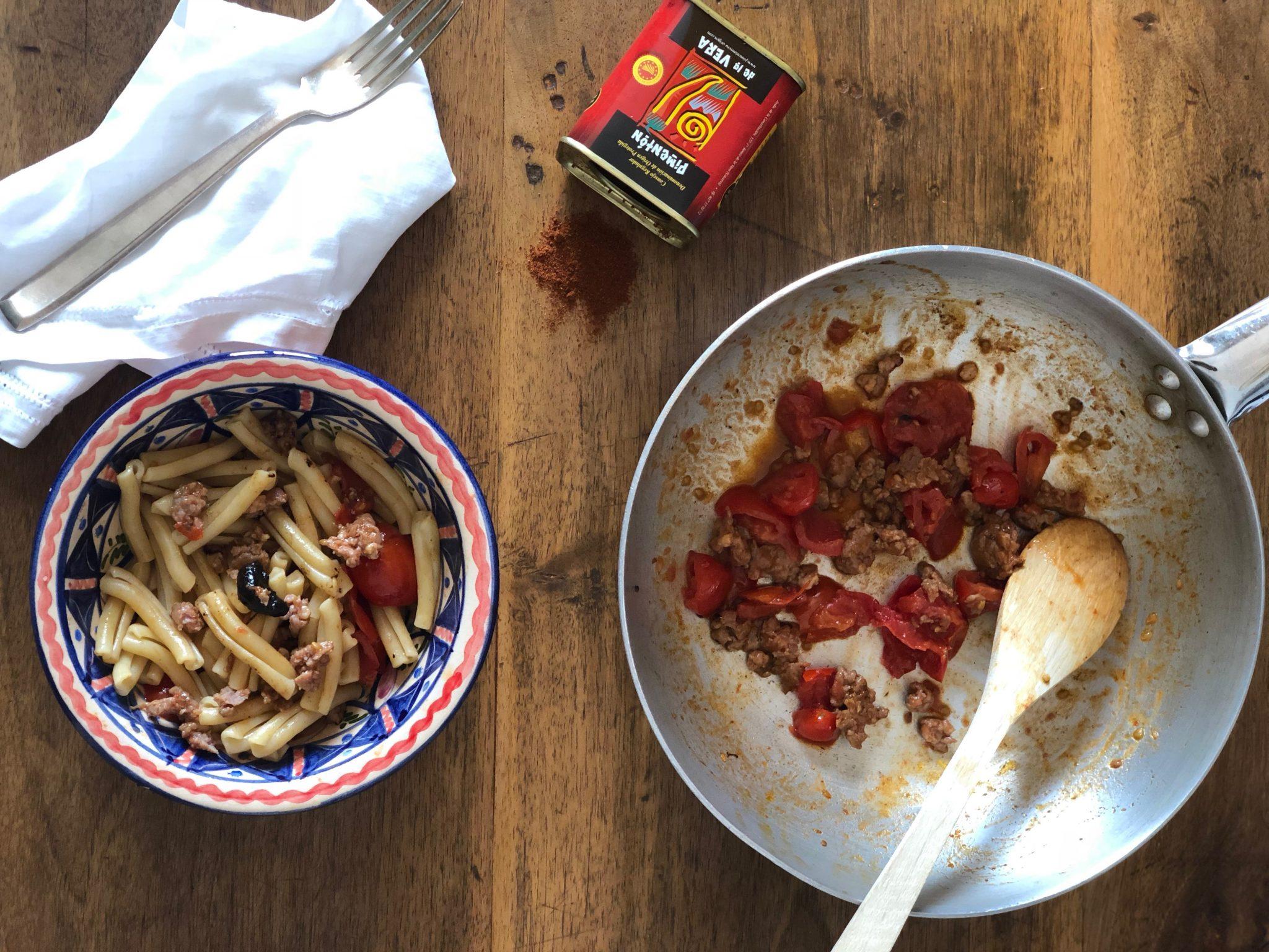 Casarecce con ragù di salsiccia di vitello alla paprika