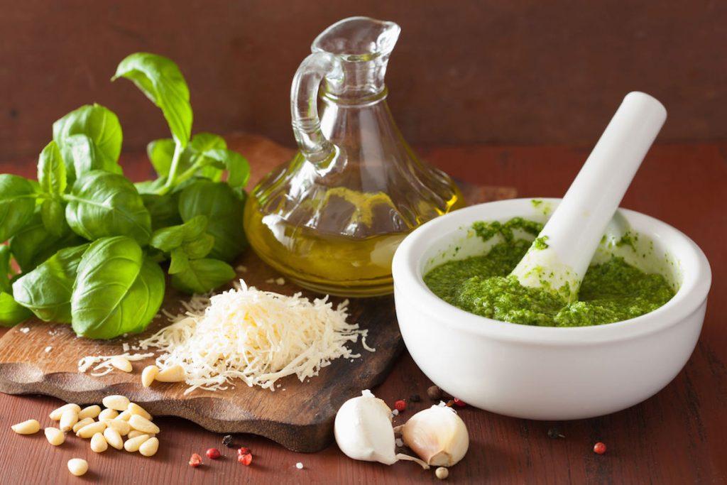 coltivazione-pianta-di-basilico-ricette-proprieta