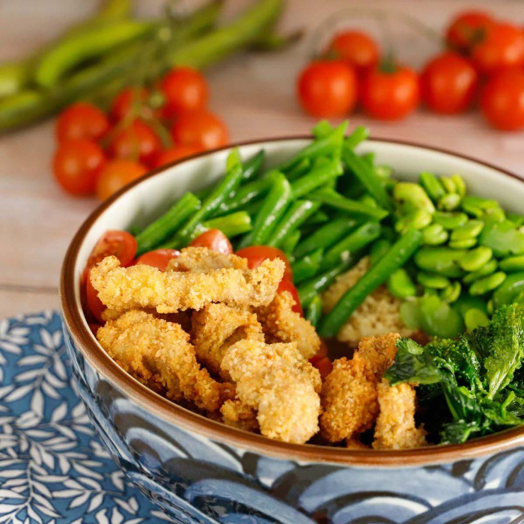poke-con-straccetti-cous-cous-verdure