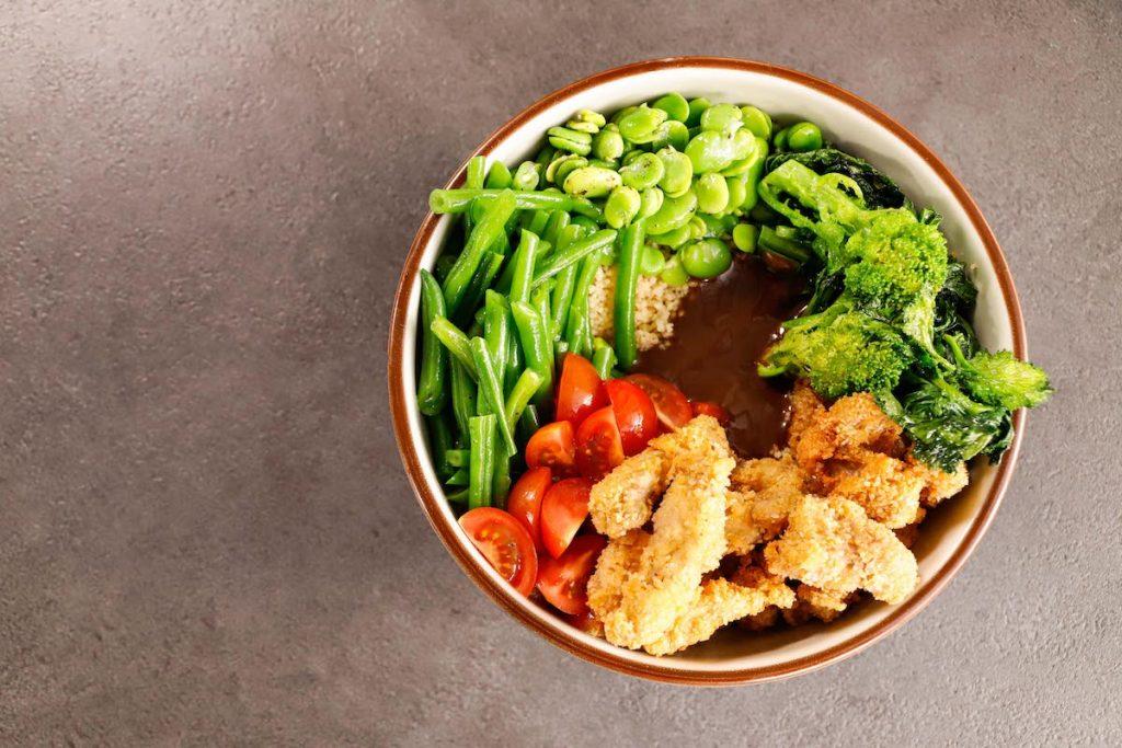 poke-straccetti-di-vitello-cous-cous-e-verdure